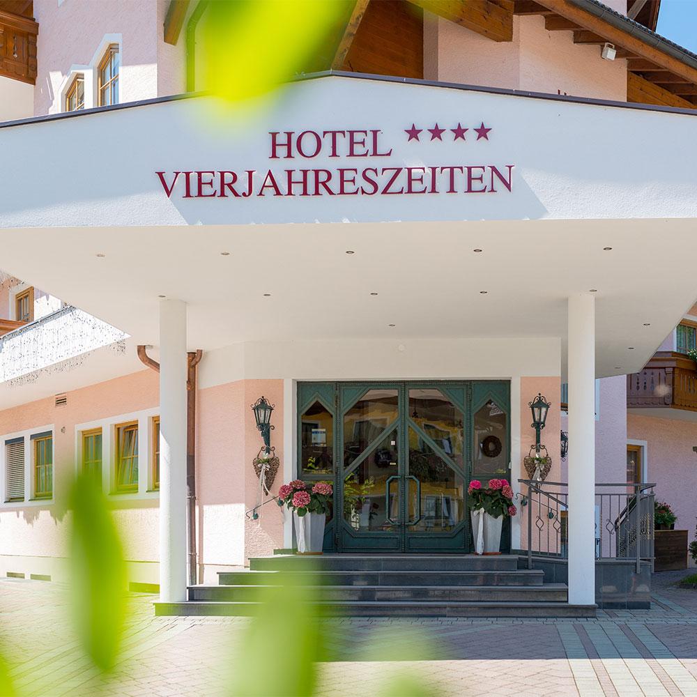 Hotel Vierjahreszeiten - 4 Sterne Hotel - Flachau - Salzburger Land