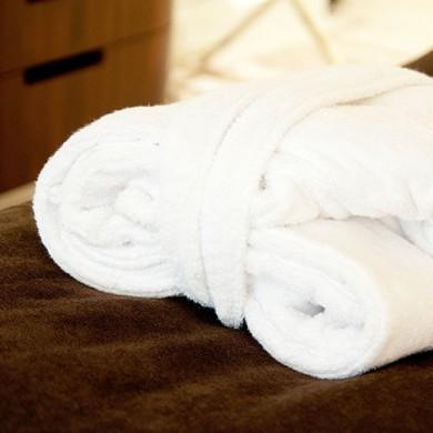 Hotel Vierjahreszeiten - Inklusivleistungen - Bademantel