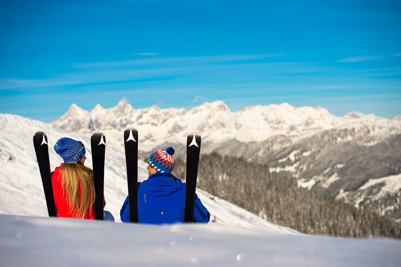 ski amad ski region hotel vierjahreszeitenhotel vierjahreszeiten. Black Bedroom Furniture Sets. Home Design Ideas