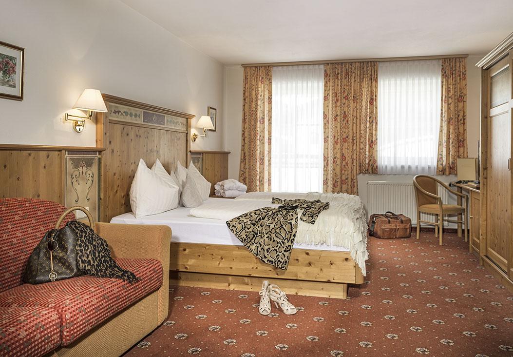 Hotel Vierjahreszeiten - Zimmer - Flachau