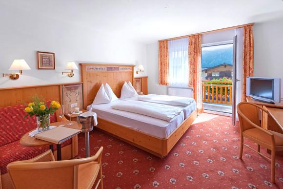 Zimmer in Flachau - Hotel Vierjahreszeiten